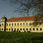 A tatai Eszterházy-kastély